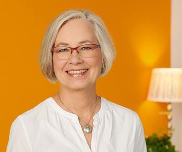 Assistentin Claudia amerikanische Chiropraktik München-Gräfelfing Hobauer