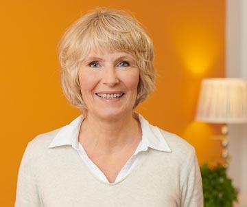 Assistentin Gisela amerikanische Chiropraktik München Gräfelfing Hobauer